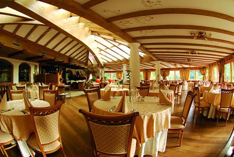 JOSK Val di Fiemme Wellness & Family Hotel Shandrani eetzaal