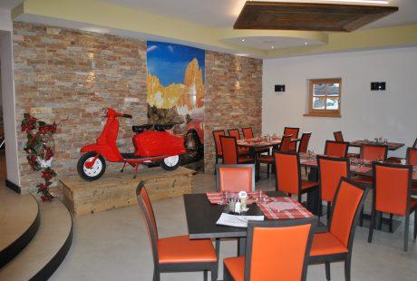JOSK Val di Fiemme Scoiattolo restaurant