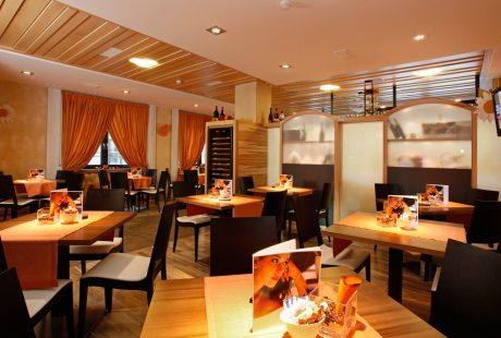 JOSK Livigno Alp Wellness Hotel Möta restaurant bar