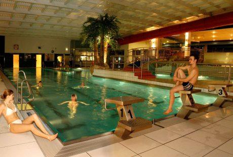 JOSK Schladming Planai Hochwurzen SKi Amadé Sporthotel Royer wellness zwembad
