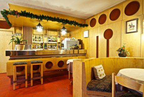 JOSK Livigno Hotel Loredana bar