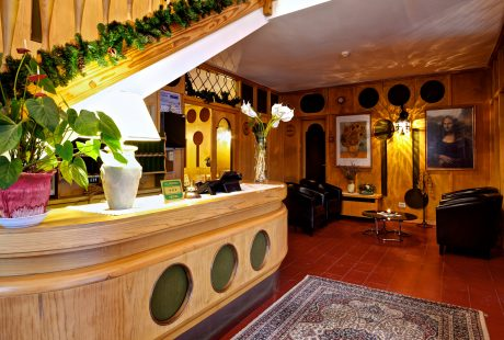 JOSK Livigno Hotel Loredana kamer receptie