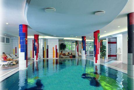 JOSK Val di Fiemme Wellness & Family Hotel Shandrani wellness zwembad