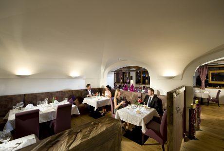 JOSK Saalbach hotel Leonhard restaurant