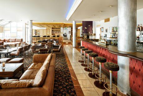 JOSK Obertauern Wellness SPorthotel Marietta bar lounge