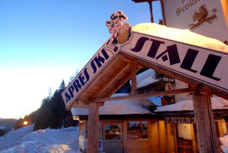 JOSK Val di Fiemme Scoiattolo apres ski bar